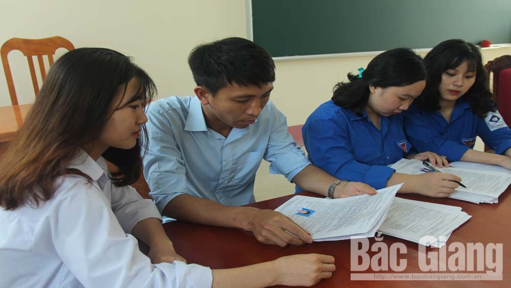 Học sinh Bắc Giang hoàn thành đăng ký dự thi THPT quốc gia năm 2019